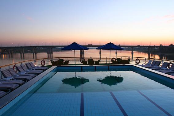 Hotel/Cruise for 1 uke Nilencruise m/1n Kairo